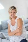 depositphotos_58087973-stock-photo-beautiful-40-year-old-woman.jpg