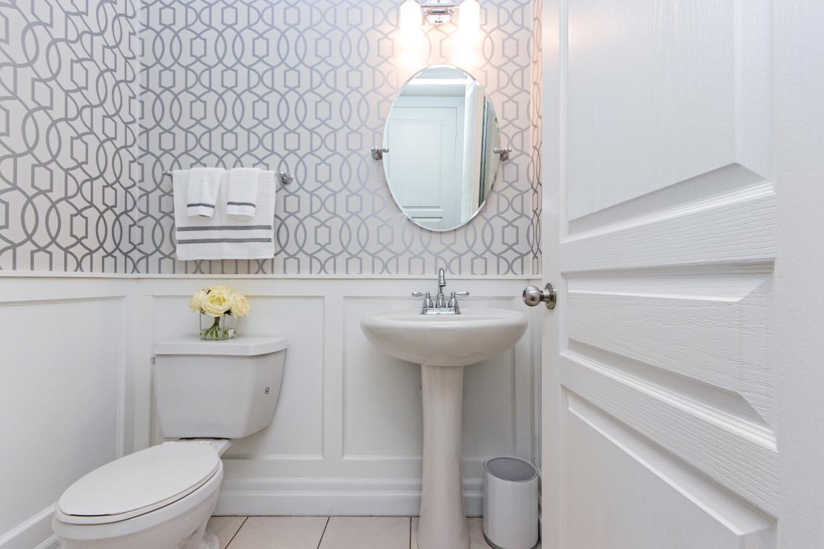 3344 Moses Way - Two Piece Bathroom