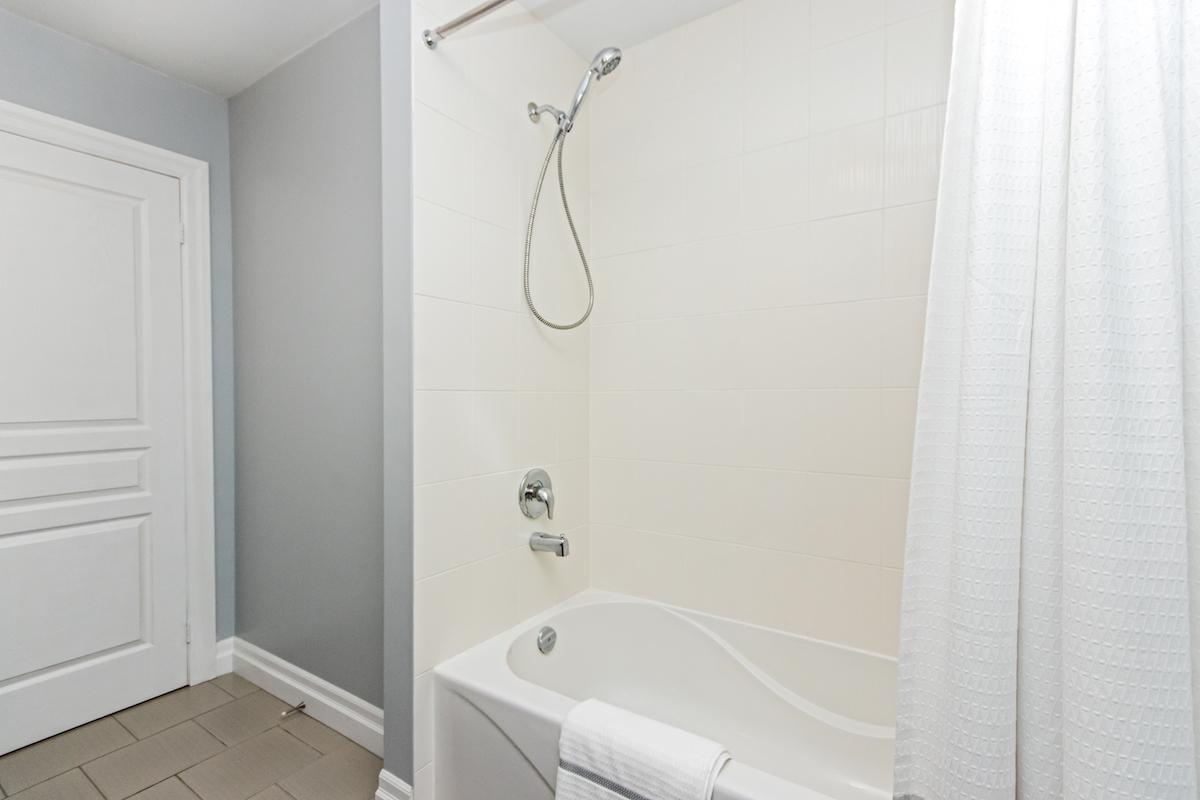 3344 Moses Way - Bath/Shower