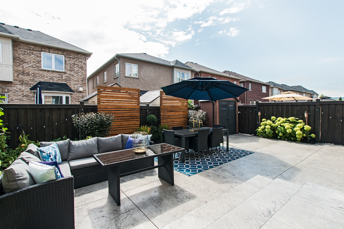 3344 Moses Way - Outdoor Couch Seating