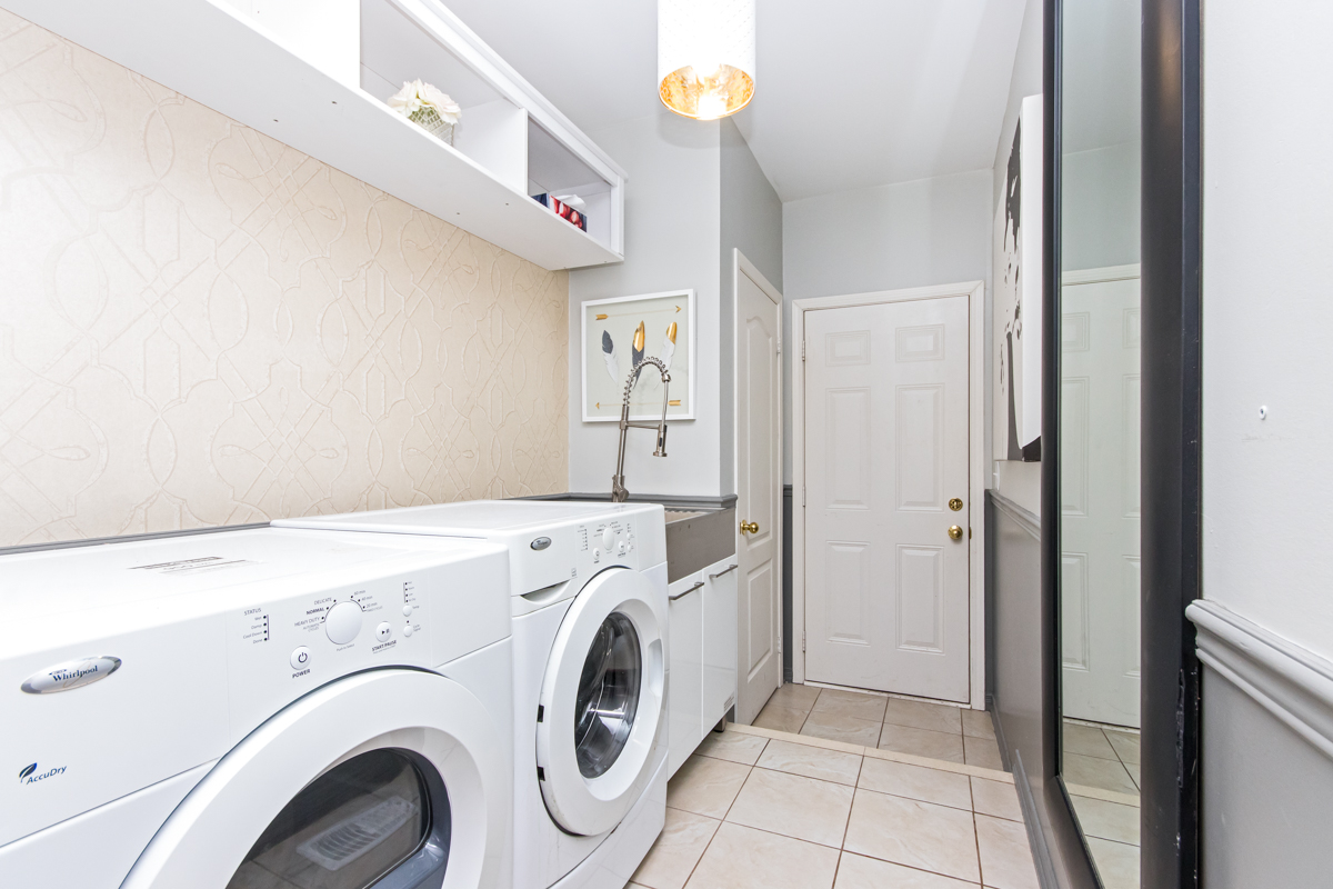 3346 Moses Way - Laundry room