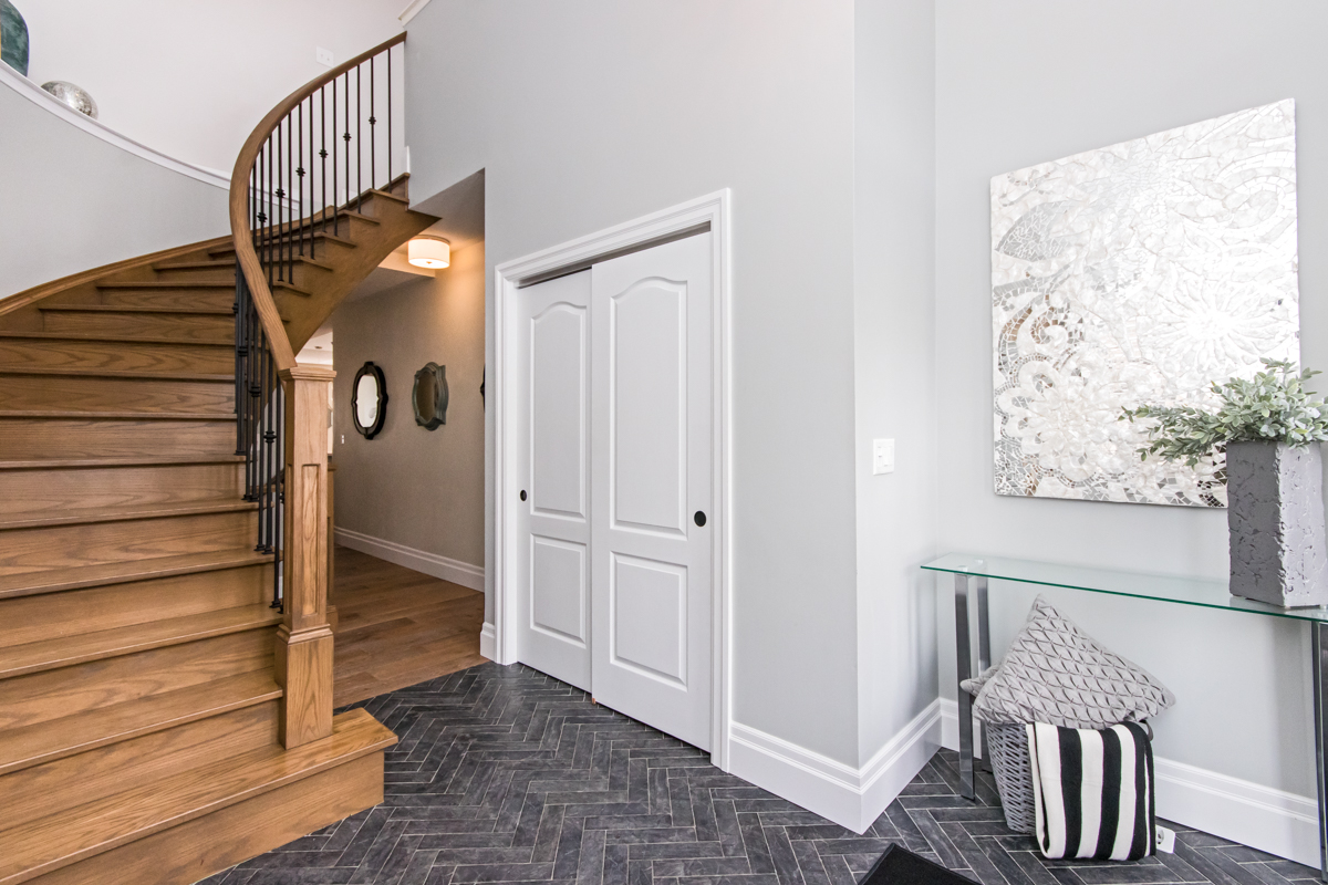 3346 Moses Way - Wood spiral staircase