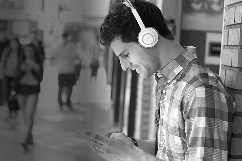 headphones+bus+station.jpg