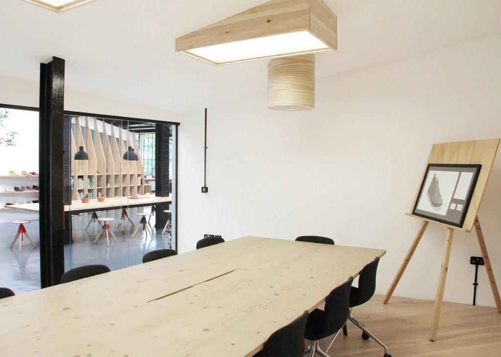 Clarks-Originals-design-office_Arro-studio_dezeen_1568_3-1024x731.jpg