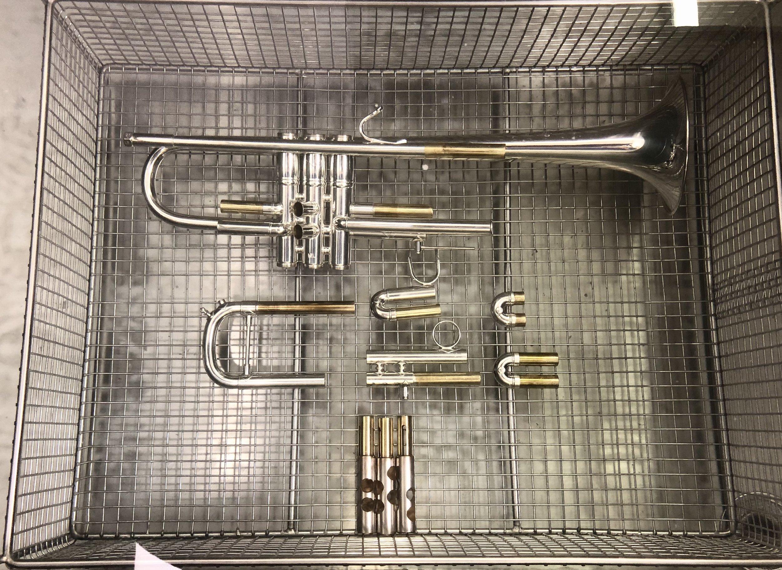 Sonic Cleaner Trumpet