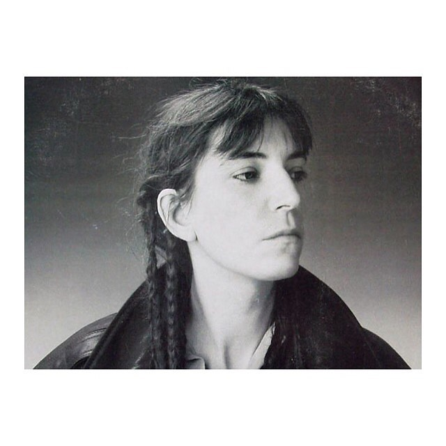 When Queen Patti Smith 👑 is the keynote speaker at the graduation of the class below you, and you realize that you shouldn't have taken those summer classes in order to graduate on time. It's a #mood • • • Shelby and I graduated from college a YEAR ago. Our lives/ art/ this film are under construction 🔨 🔨 🔨  What's up with you?