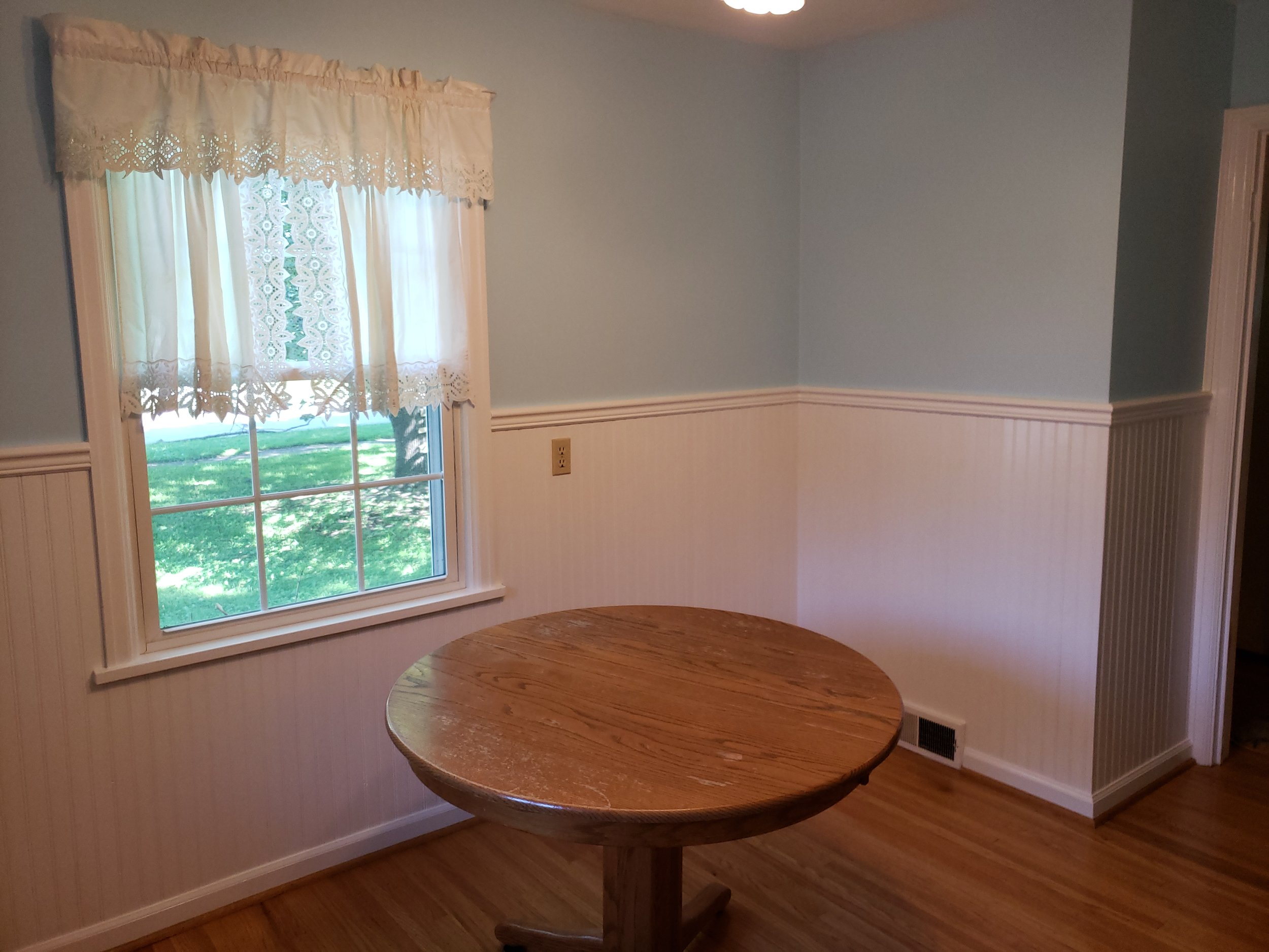 """""""Outstanding! The kitchen looks fantastic! Thanks for doing such a great job and juggling the dog and dog walkers.""""    -Frank I."""