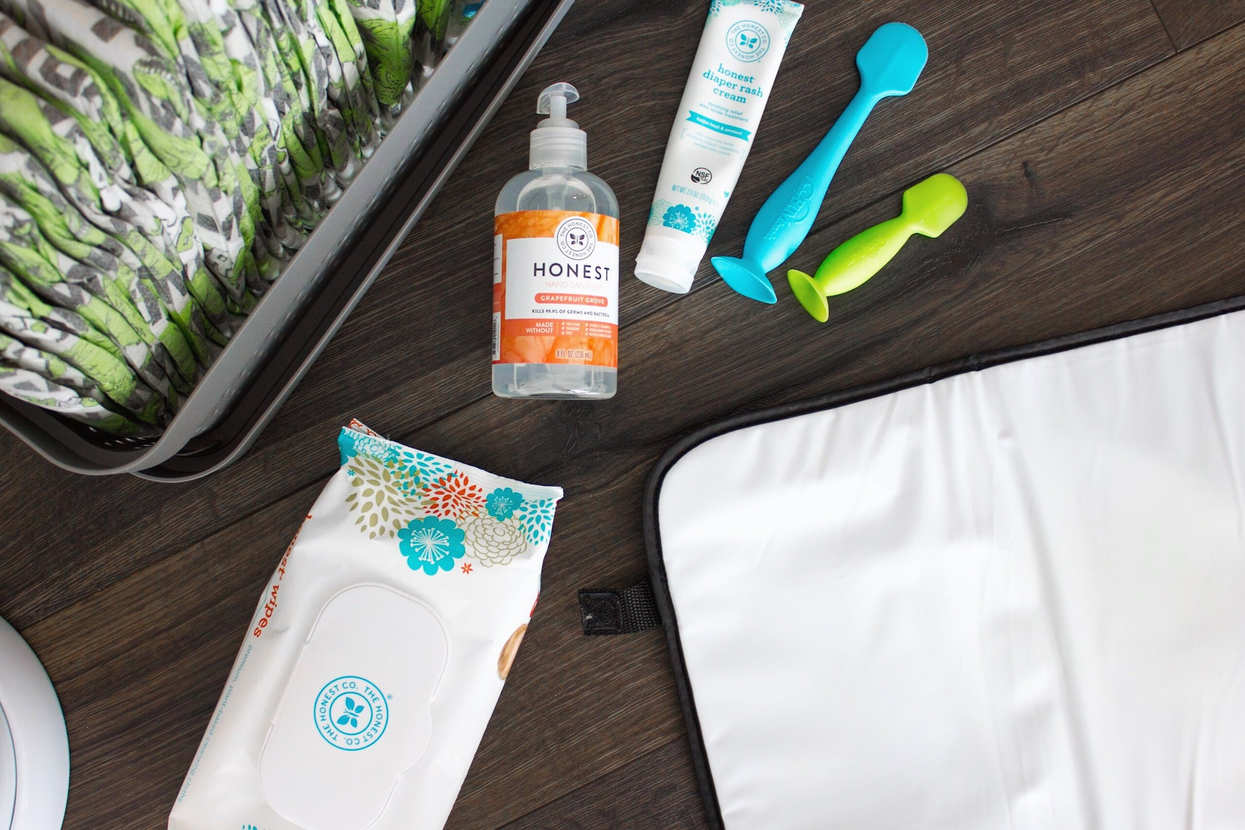 Portable Changing Pad // Honest Diapers // Honest Wipes