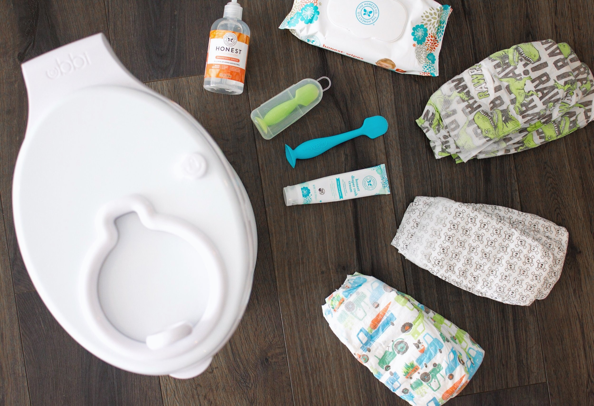 Ubbi Diaper Pail // BabyBum Mini Diaper Cream Brush // Honest Diapers
