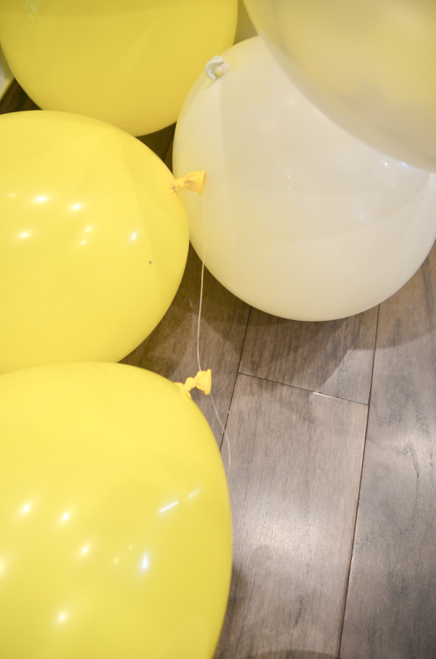 How To Make A Balloon Arch Diy Adrianna Bohrer