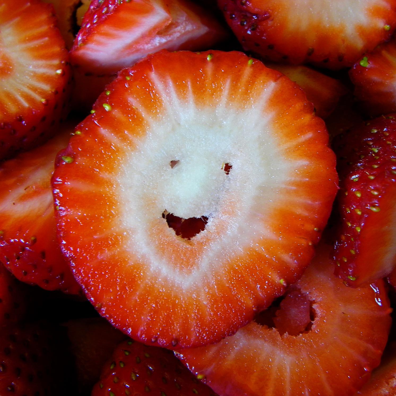 Strawberry Smiley, 5a.jpg
