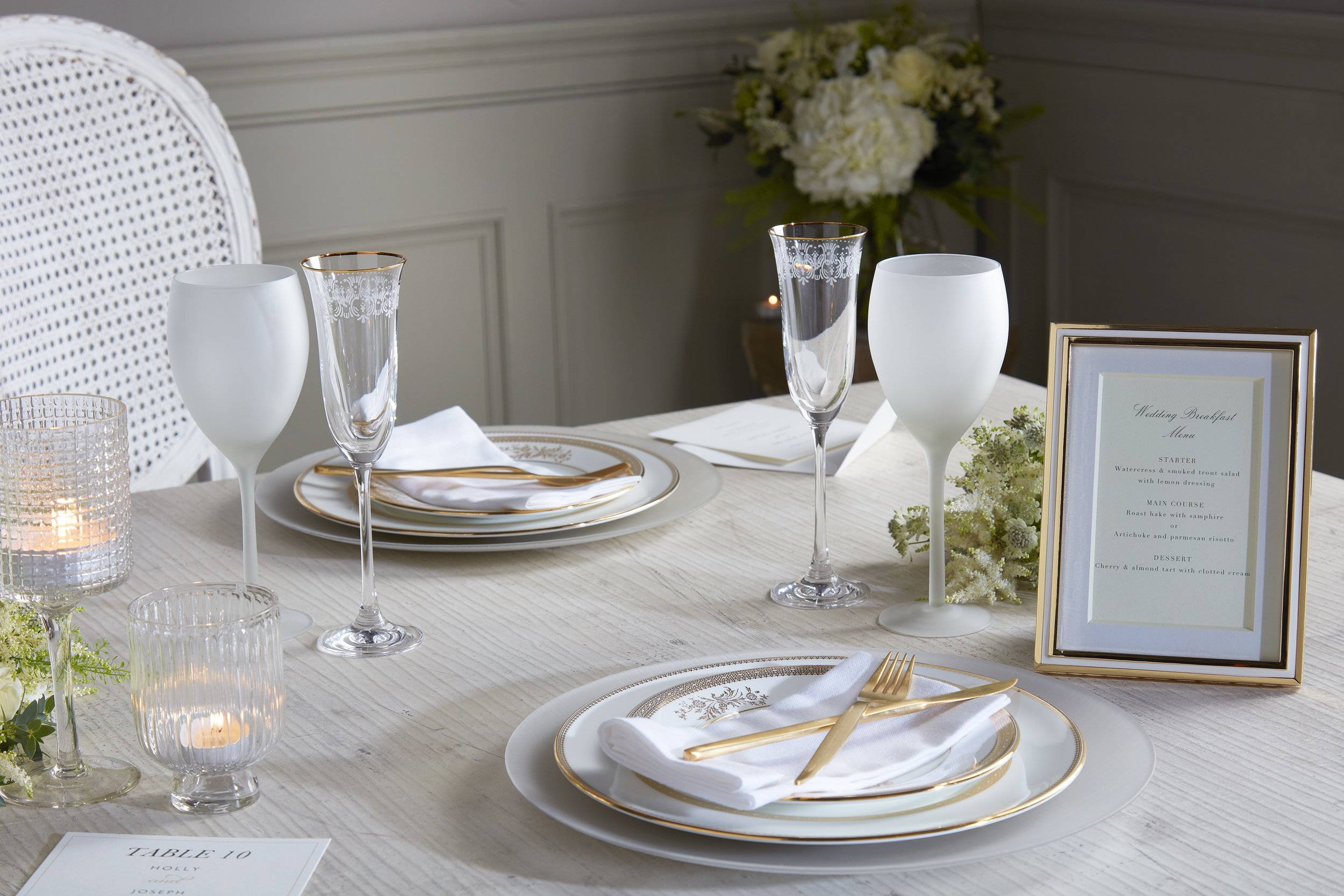Grey and black table setting v1.jpg