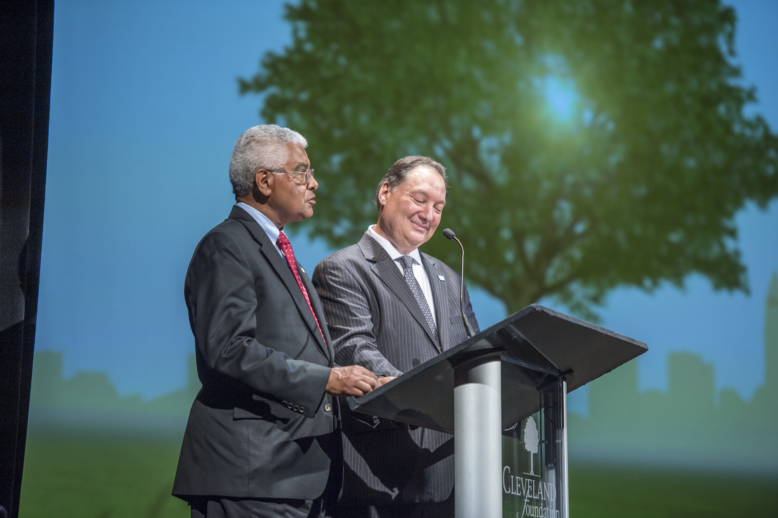 The late Steve Minter (left) and current Cleveland Foundation President and CEO Ronn Richard.  Photo Credit: The Cleveland Foundation