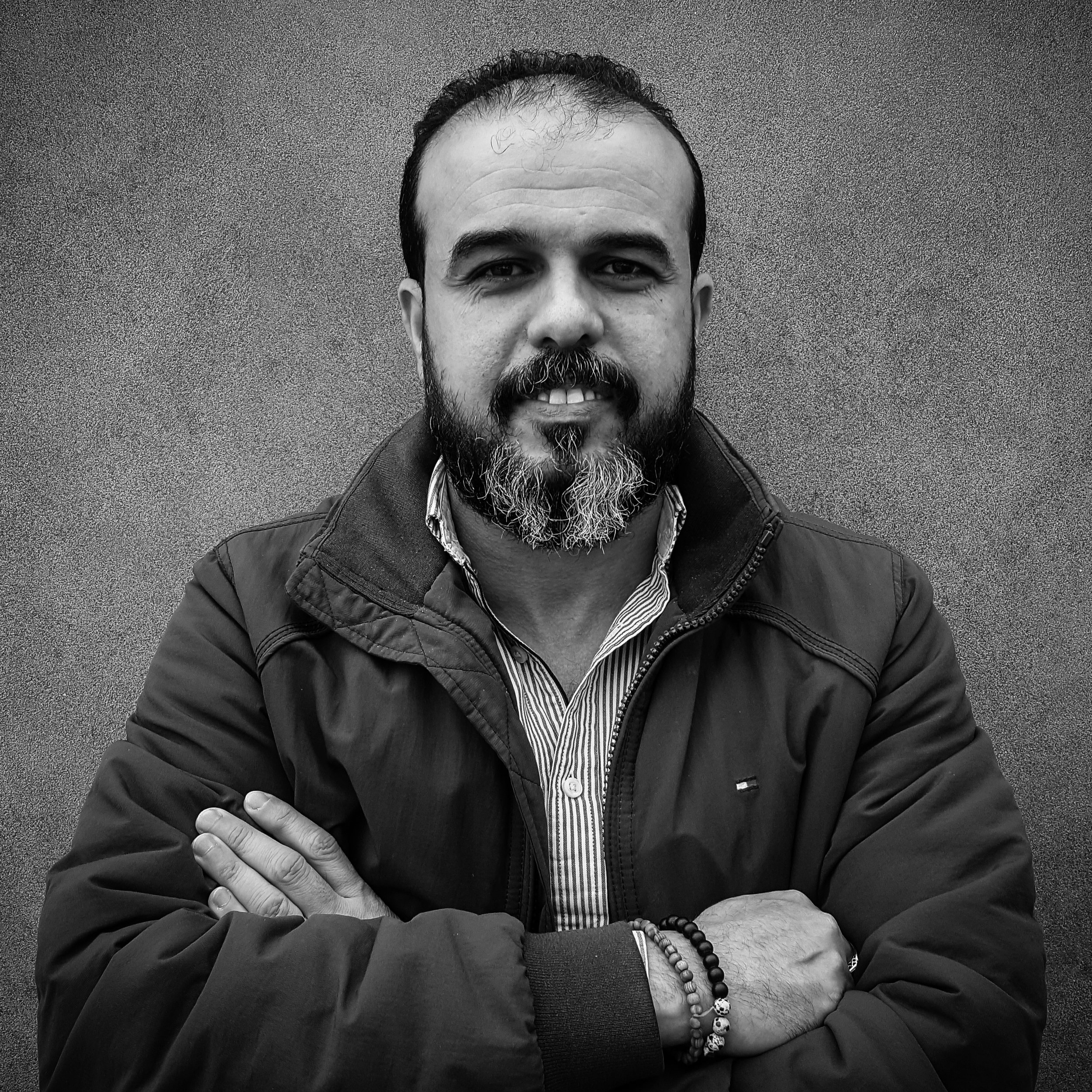 ABDURRAUF BEN MADI  Abdurrauf Ben Madi is a freelance documentary photographer based in Libya. Born in Tripoli in 1976, he graduated from the Arts and Media University of Tripoli. His work has exhibited in Libya, Tunisia, Egypt, Germany, and the UK.   www.benmadi.ly    @abdurrauf.ben.madi
