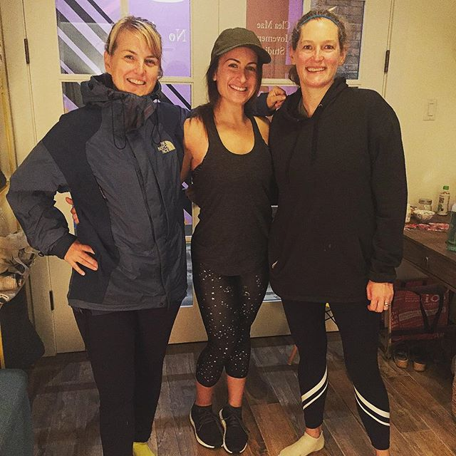 Feeling so grateful for this trio of #pilatesbabes and their dedication, strength, and infectious energy.  Happy #workoutwednesday!! ❤️ @susanphear @saraposner @stancioff  #loveyourworkout #pilatesfusion #cleamae #pilatesfamily