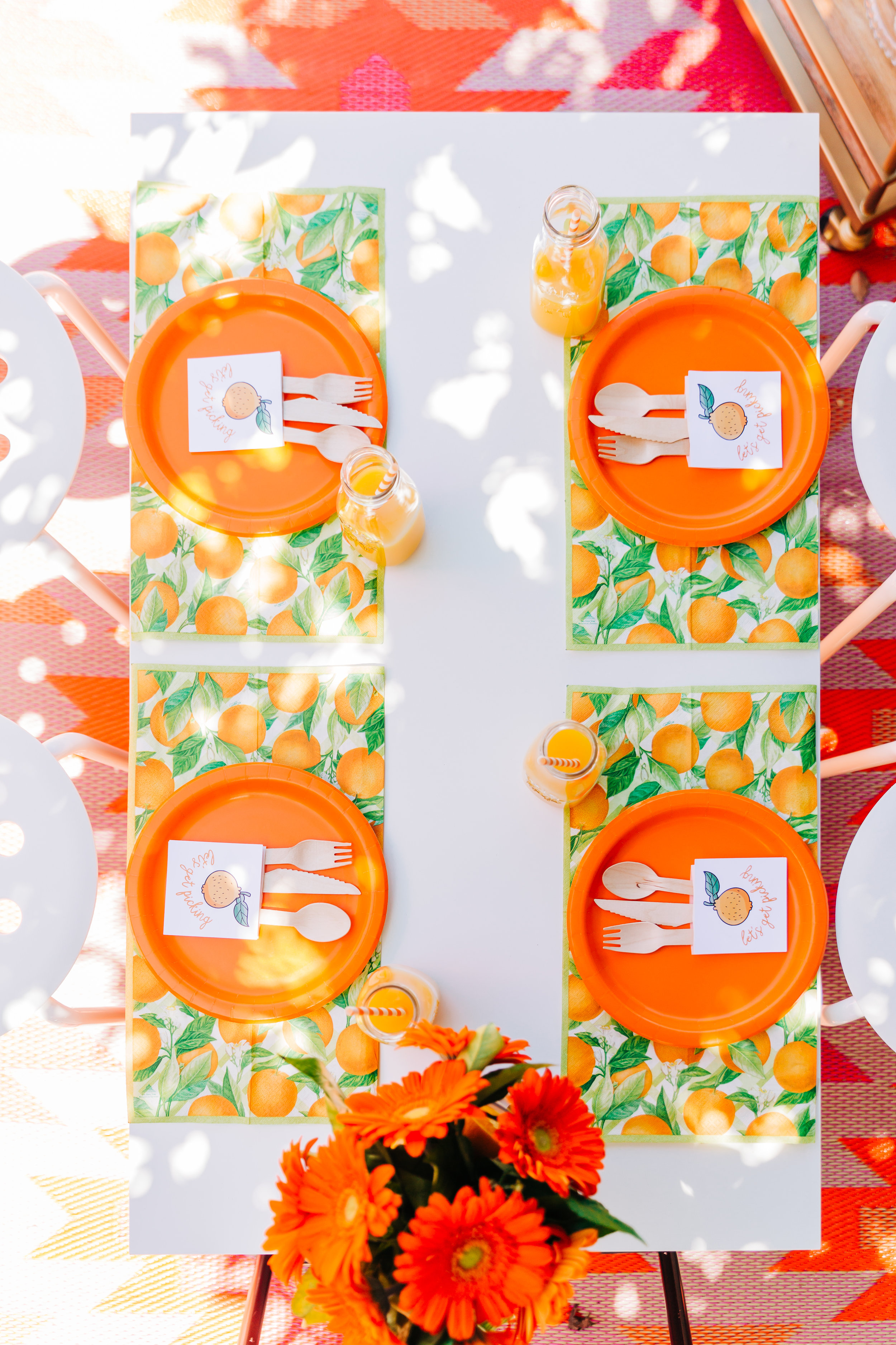Orange picking party table setting. Citrus birthday party 7.jpg