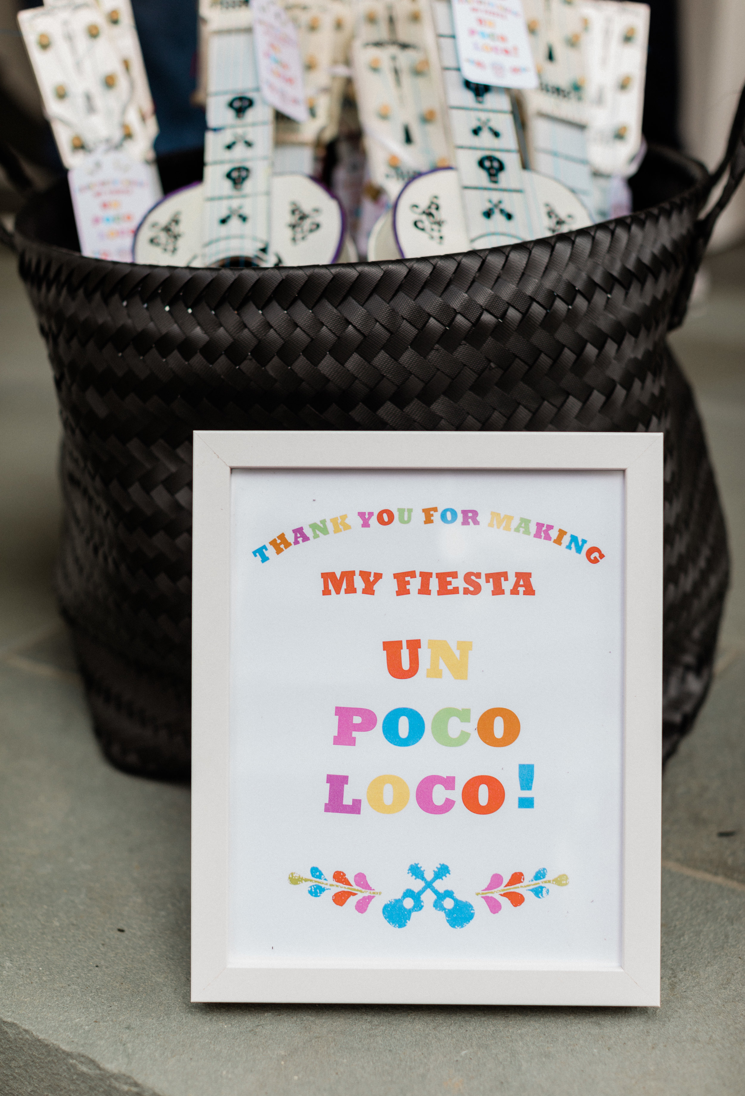 Disney Coco inspired printable signs for your this gorgeous party. Download them for free2.jpg