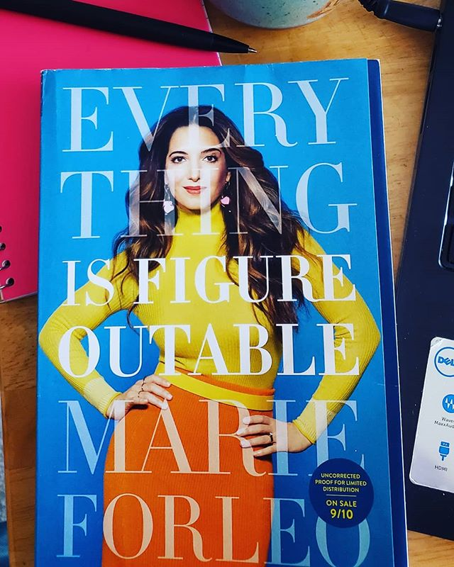 It's funny how what you need always comes in the right moment. A perk of the work I do, but super excited to dig into the lovely Ms.@marieforleo 's upcoming book, 'Everything is Figureoutable'; because indeed - it is. ☺️ Grab yours on September 10th. 📘  #figureoutable  #books #creativity  #marieforleo #businesscoach #inspiration