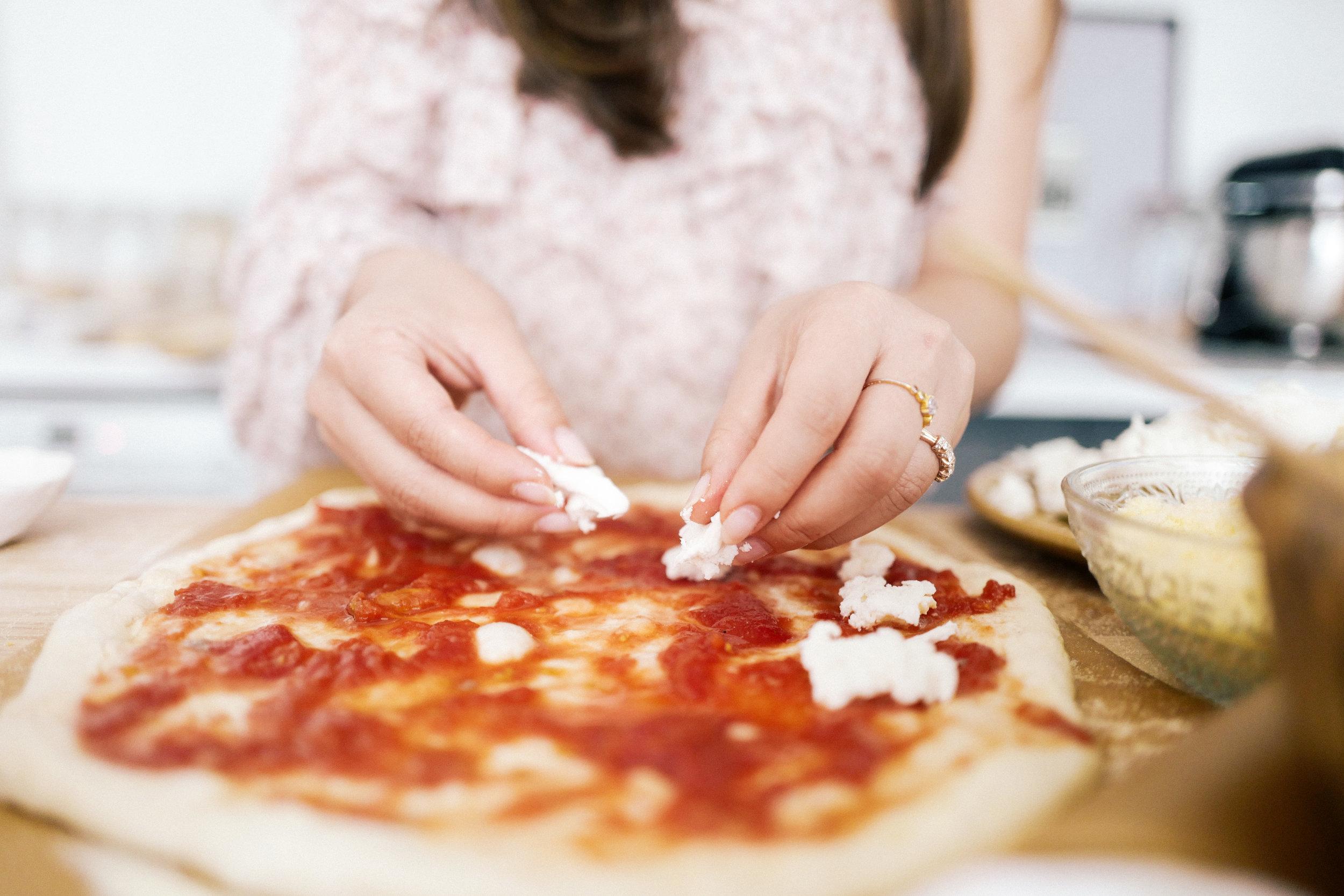 christinehan-dearsaturdays-beestingpizza-3.jpg