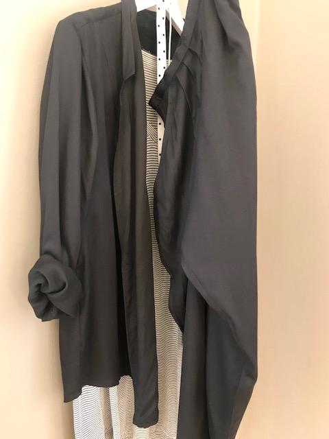 Optimist pants og outgoing jacket.
