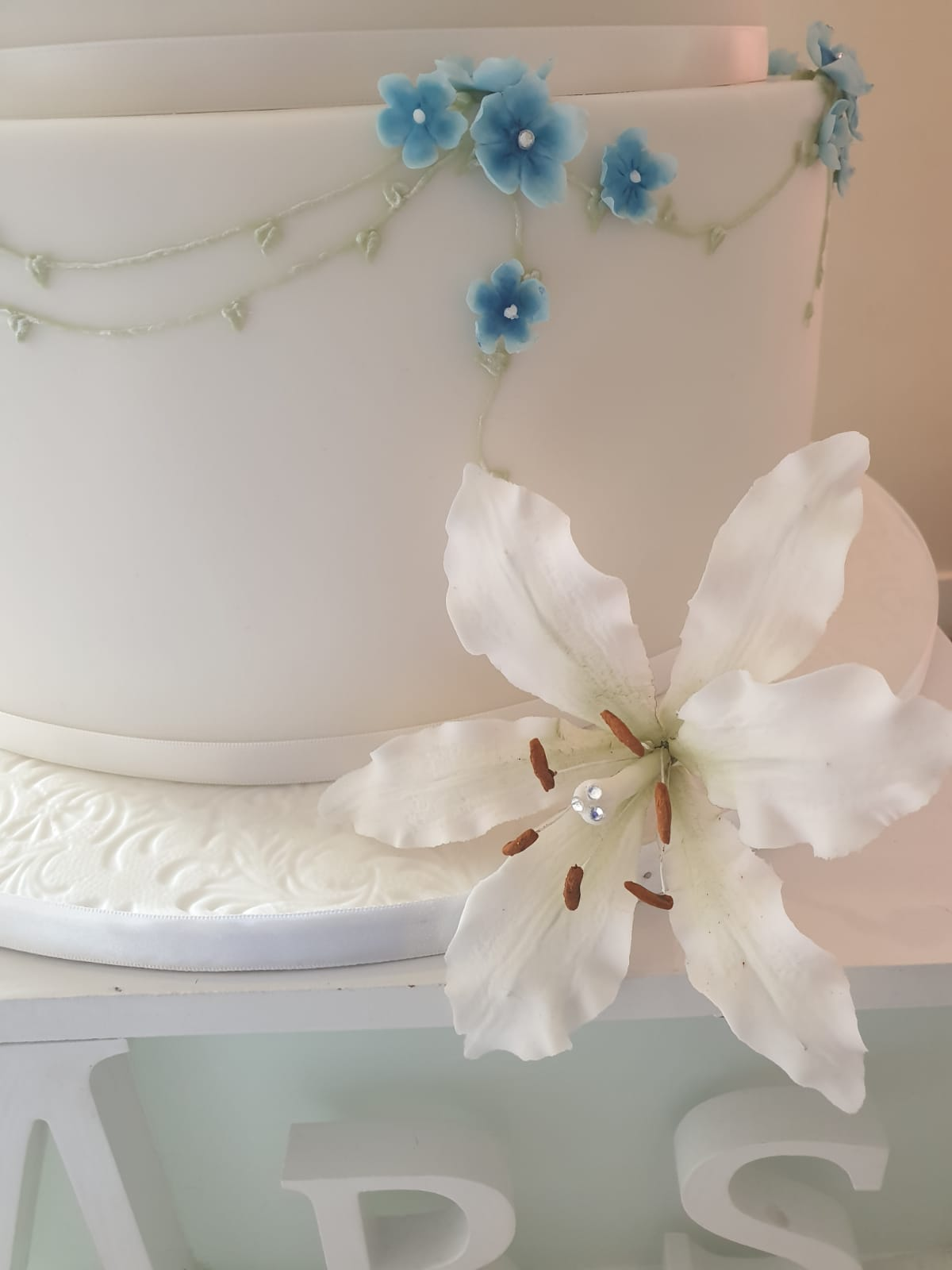 Sugar Lily with Diamonte's