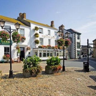 Marazion Hotel - The Square, Marazion, Cornwall, TR17 0AP01736 710334