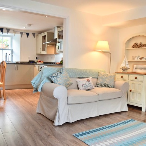 Blythswood Cottage - Sleeps 501736 711098
