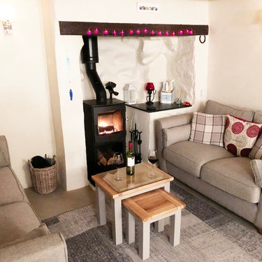 Eastleigh Cottage - Sleeps 401736 711098