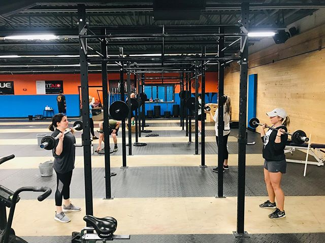 We had an awesome barbell club early this morning ! The hard work is paying off and the shoulder to overhead technique is getting so much better! ➡️➡️➡️➡️ I'd also like to shout out our long time member Bruce! You can't slow him down! He's never missed a day and he refuses to let age be a negative factor in his fitness 💪🏼💪🏼 #kongstrong #crossfit #barbellclub #weightlifting #olympiclifting