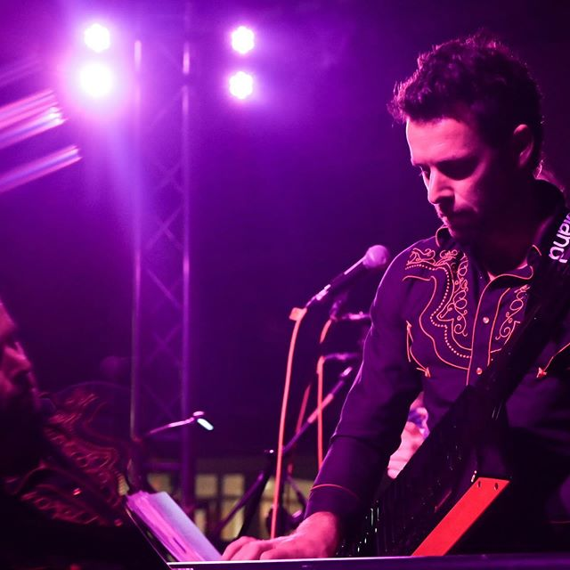 Photo by the amazing @byjillianlin #reflection #photography #art #band #keys #keytar #music #musician #covers #songs #guitar #show #stage @ucsantabarbara #bass #drums #singer #wedding #event #santabarbara