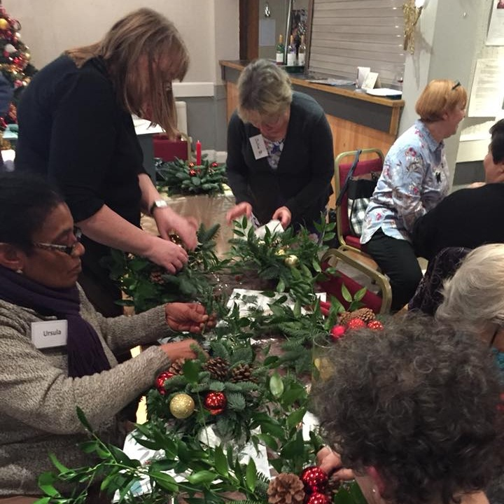 December 2017:  Sue Laughton showed us how to create a beautiful Christmas door hanging.