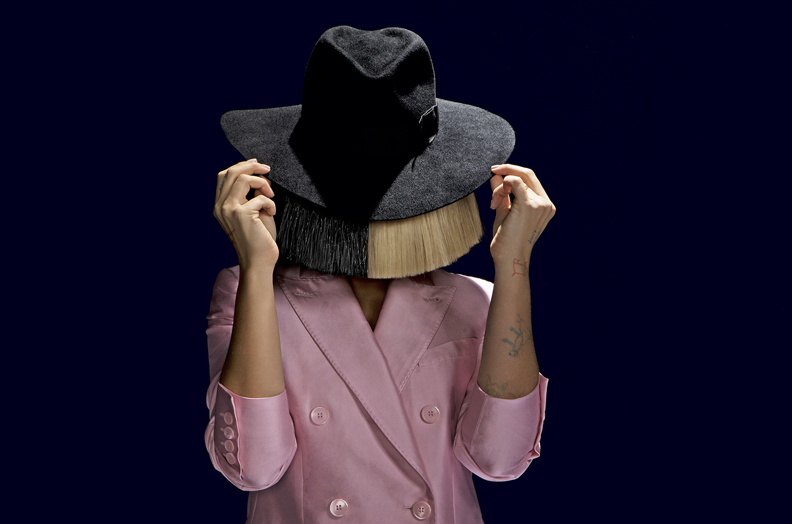 6 Secretive Sia Moments: Masked But Far From Anonymous -