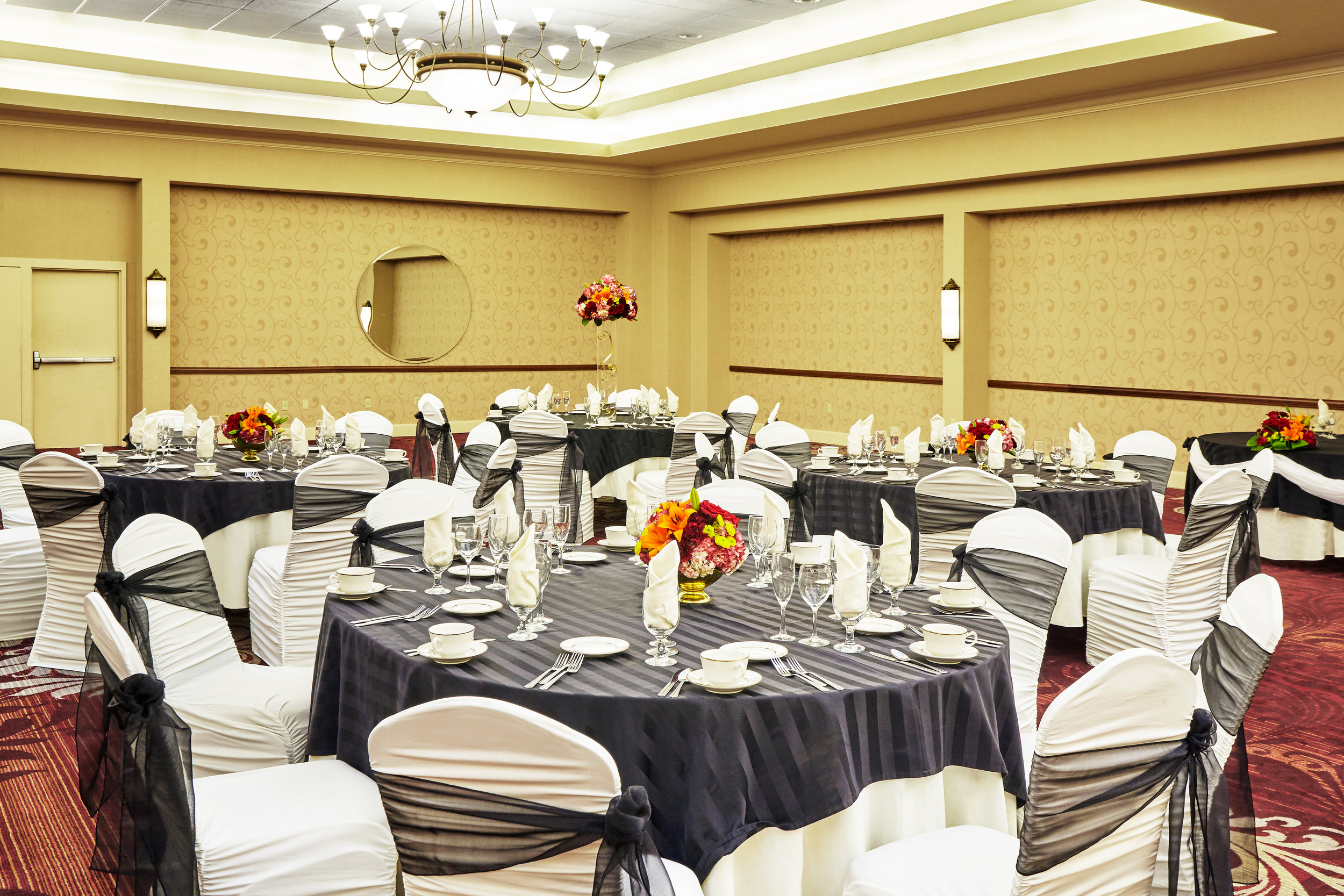 HOLIDAY INN CONFERENCE CENTER | ALLENTOWN, PA