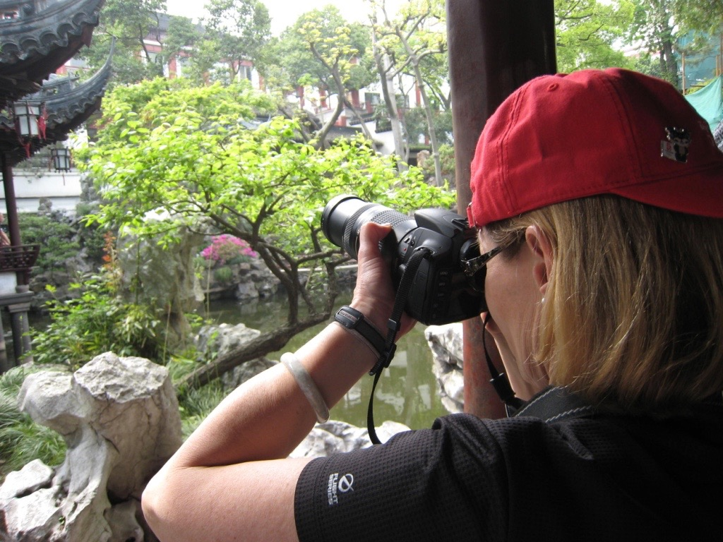 Hi, I'm Cappy. I've been a designated Master Gardener since 2007.I'm also a photography enthusiast, cyclist, swimmer, runner, traveler, and pianist.