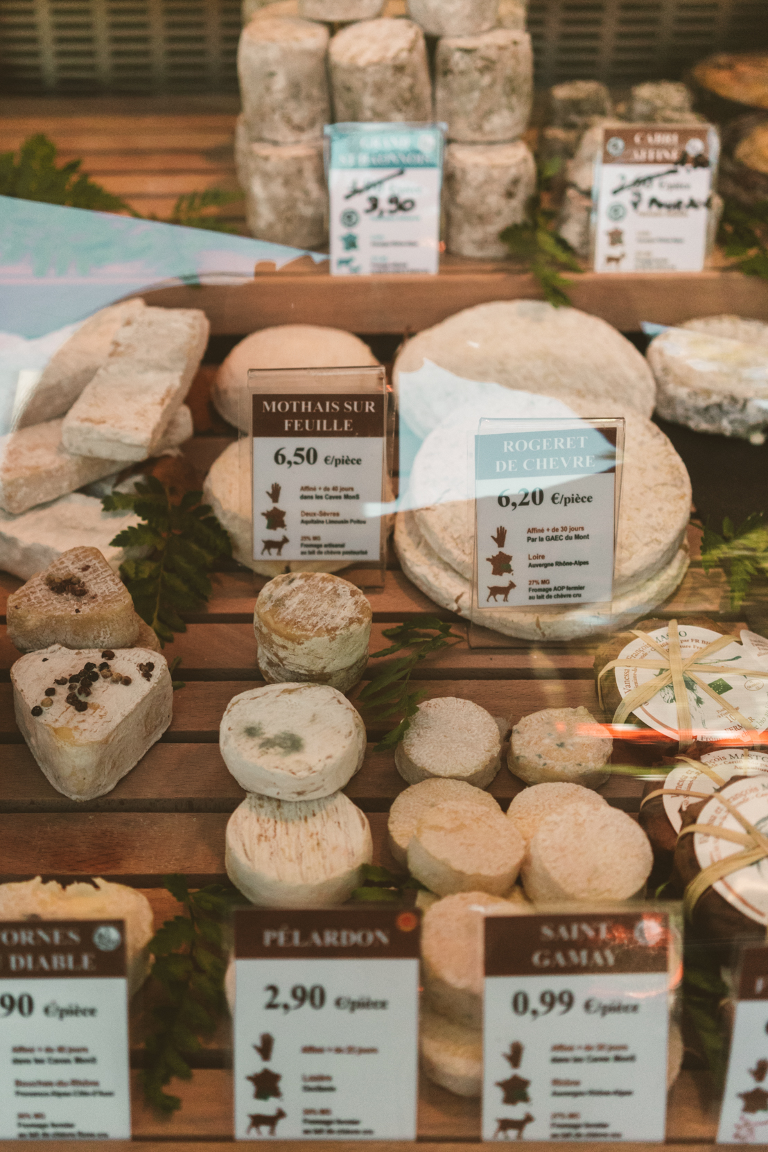 Go farmers market shopping in Lyon, France #France #Europe