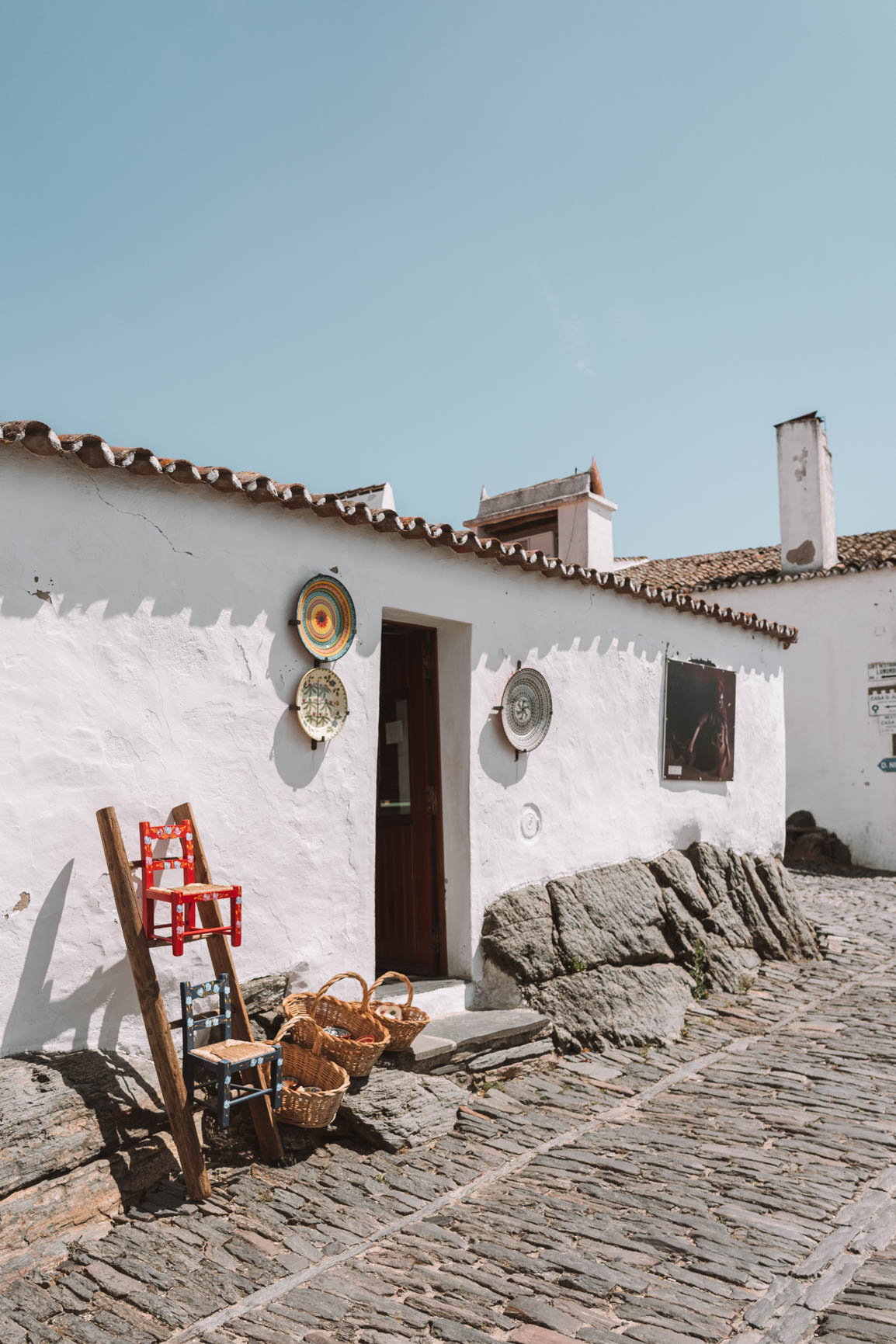 Monsaraz Village Alentejo - Exploring Portugal on a road trip #Europe #Portugal