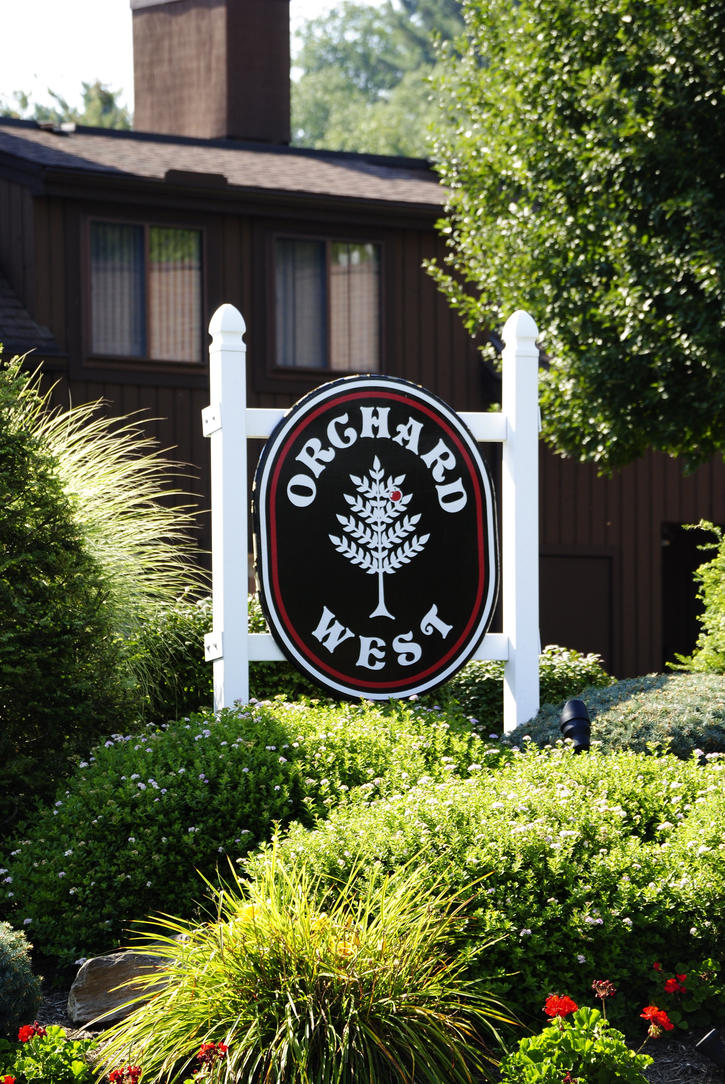 Orchard West Sign.jpg