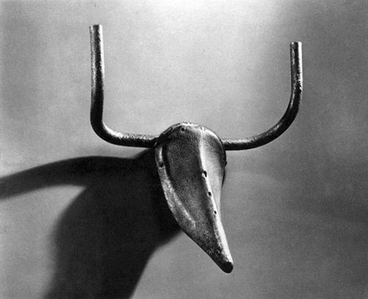 Bulls Head, 1942, bicycle seat and handlebars,Pablo Picasso