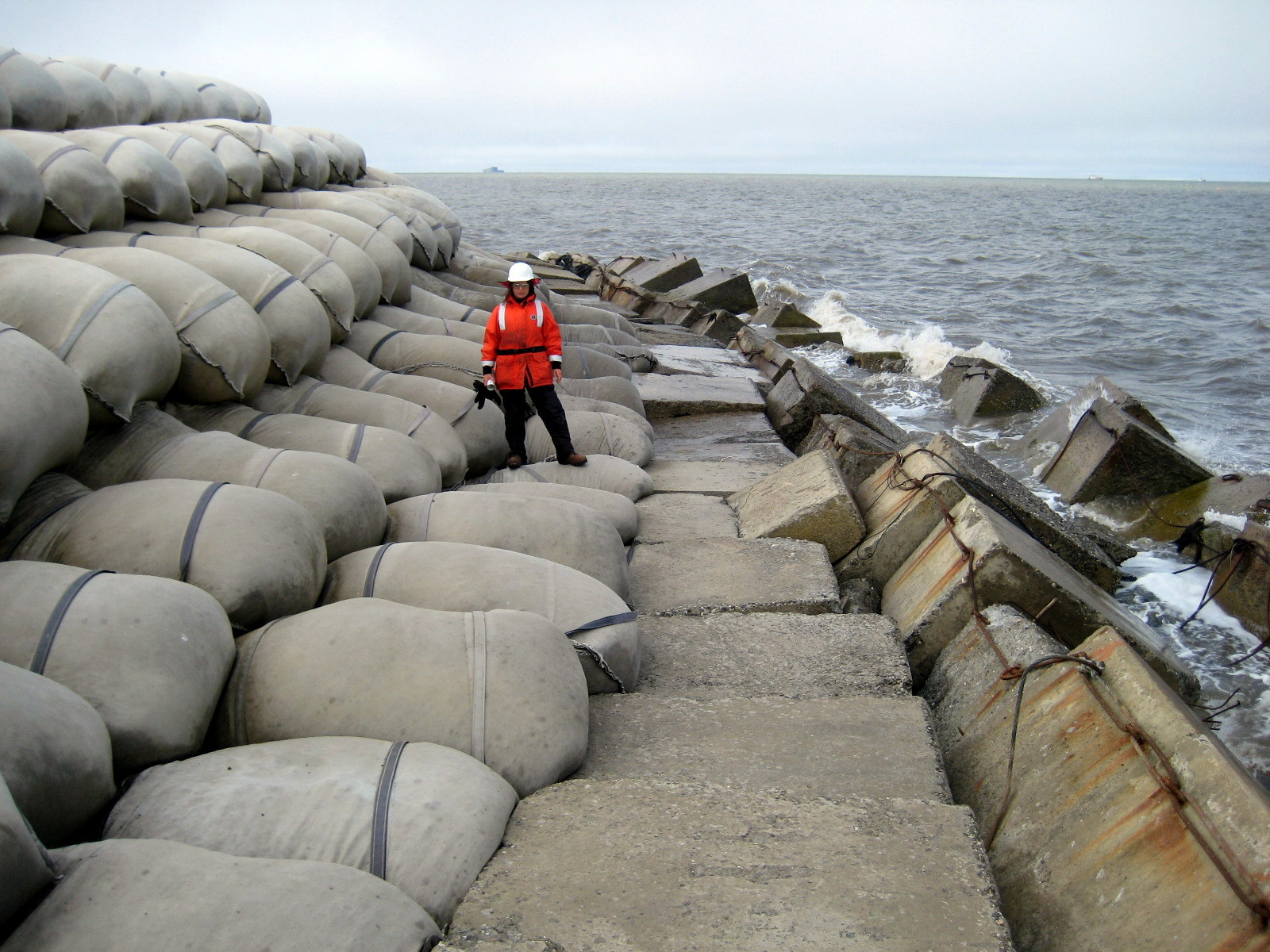 Hybrid Slope Protection - West Dock Causeway