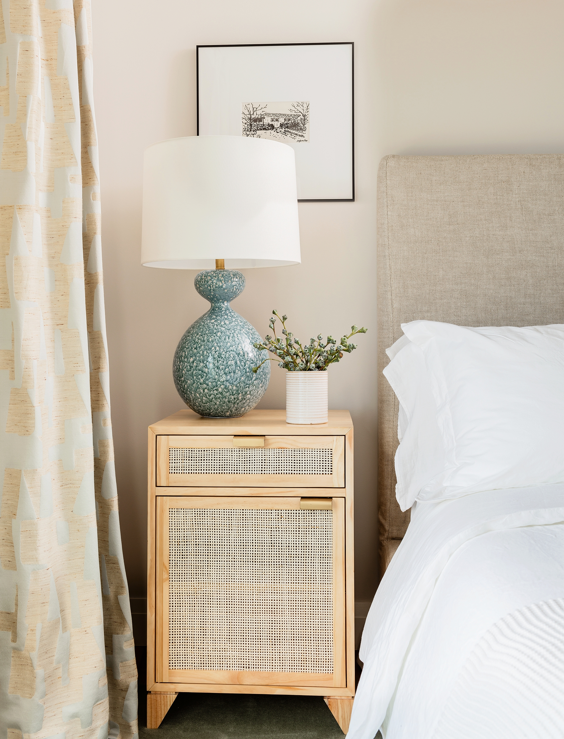 pier-4-model-guest-bed-hudson-interior-designs.jpg