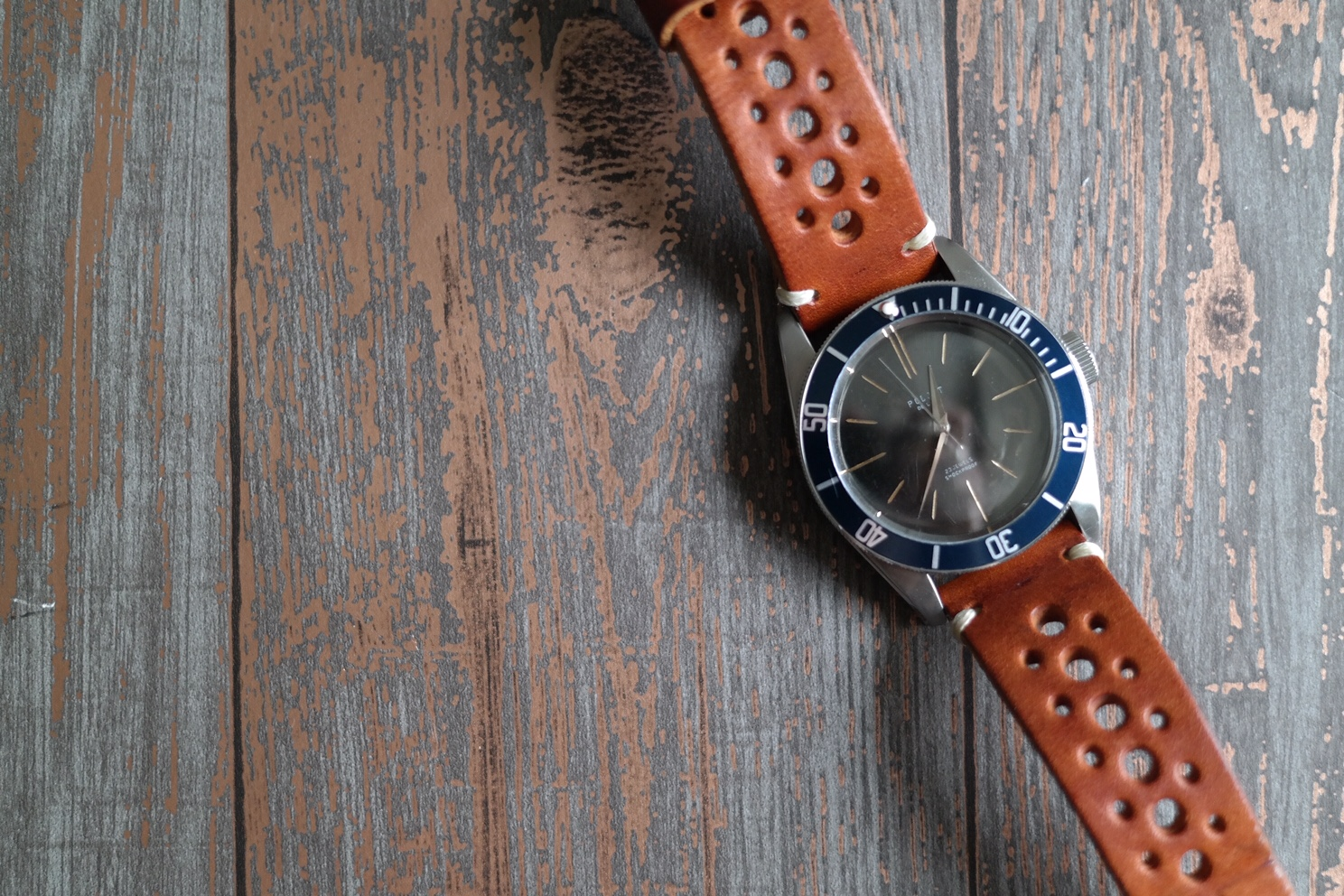 Tom Corneill Racing Strap Dive Watch.JPG