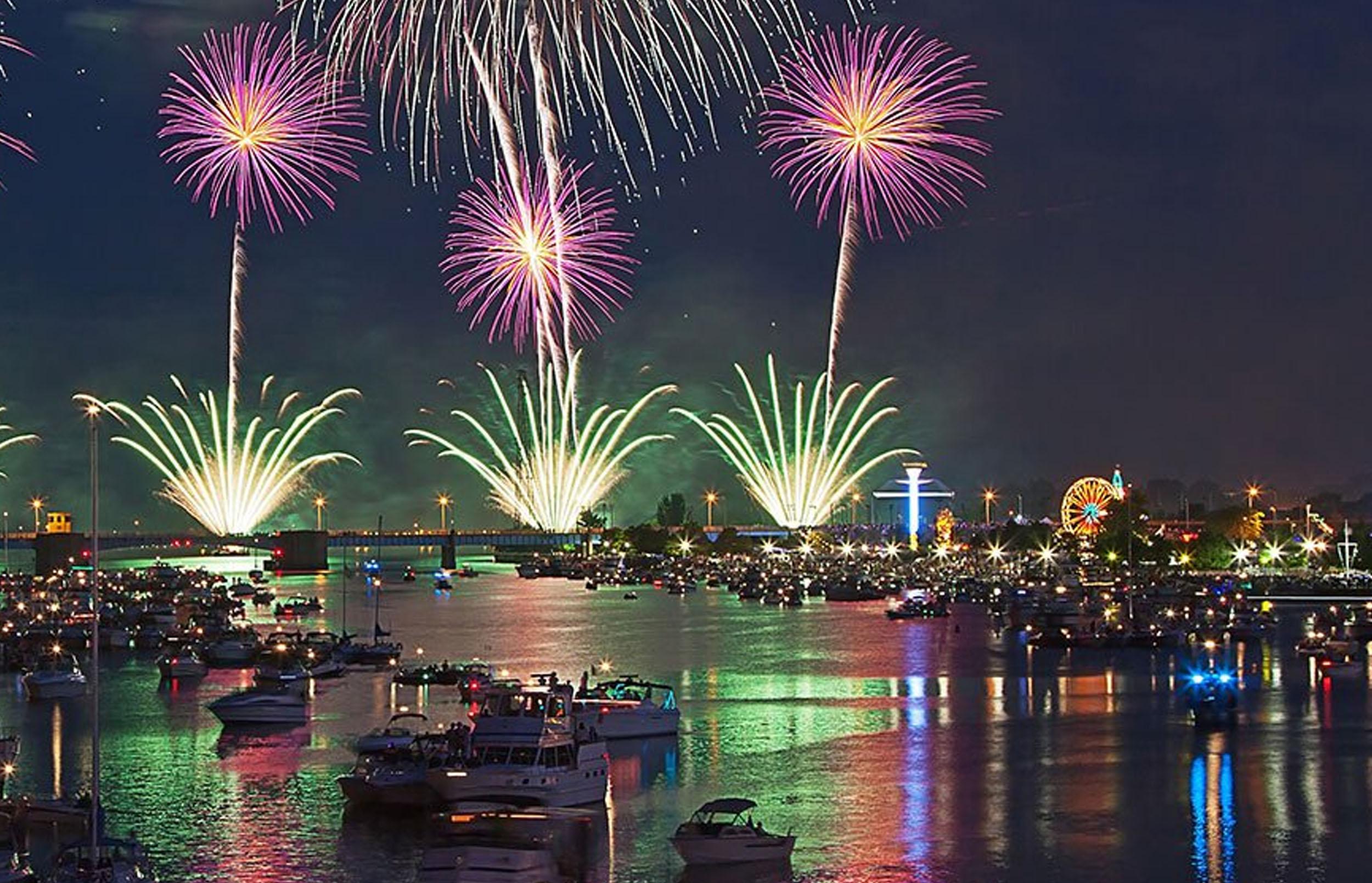Source:http://www.downtownbaycity.com/events/bay-city-fireworks-festival/