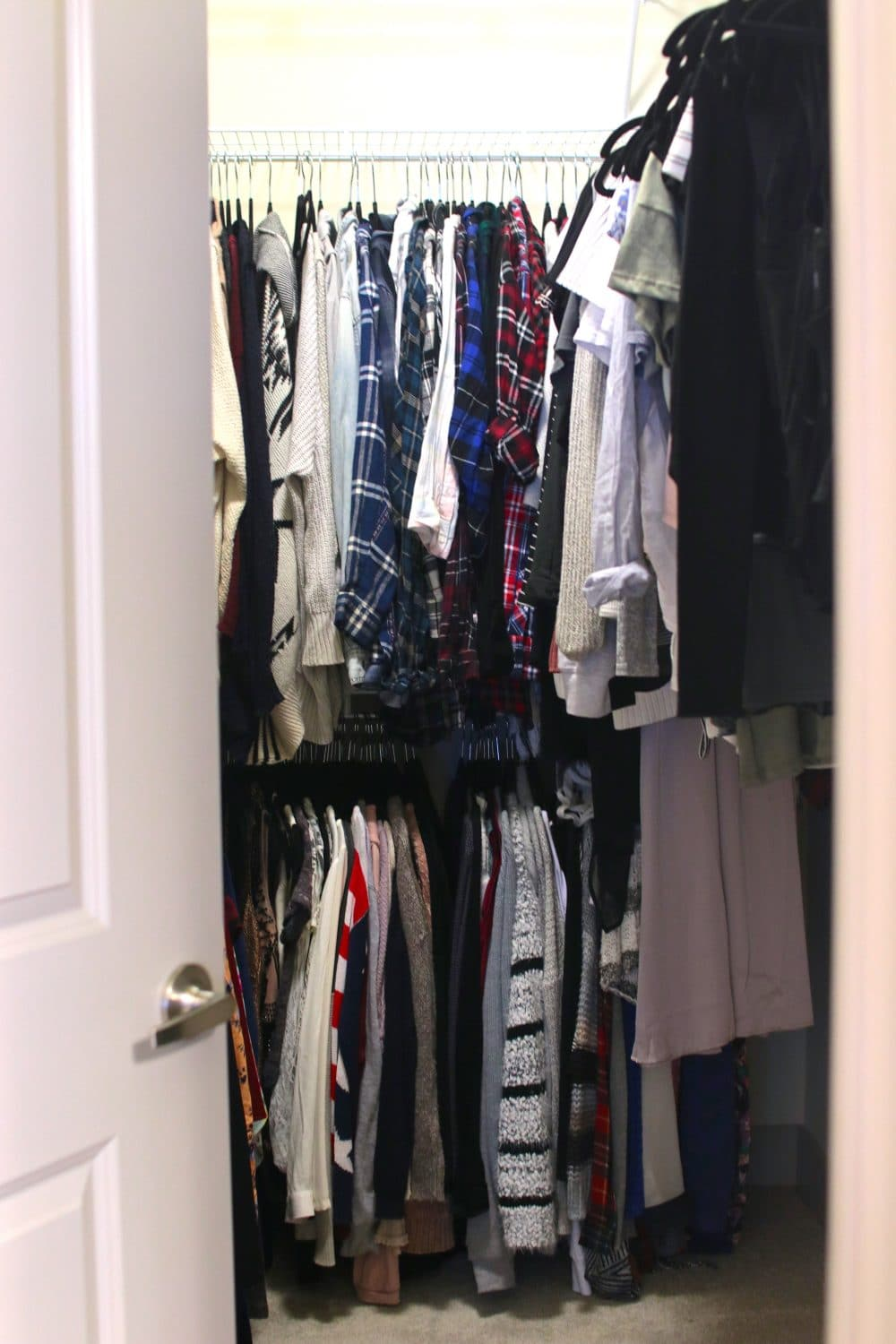 Lastly, we have my closet… a closet I neverrrrr thought I'd have, it's HUGE! - I think it's every girls dream to have that nice big walk in closet where they can see all of their clothes everywhere they look. At least I know it was for me! Although, in my dreams it's usually perfectly clean with everything color coordinated and looking perfect… unfortunately that's just not who I am hahah. Sometimes I'll just get super fed up with not even being able to see the floor so I end up spending hours trying to clean it and make it look perfect, but within a couple weeks it's normally back to it's messy state. As you can see, I did clean before taking these photos so it looks pretty awesome! The top row straight ahead is where I keep my flannels, cardigans, and almost anything I could use to layer on top of my outfit. The row below it is for my big comfy sweaters, with some fancier shirts tucked to the side. Then the top rack on the right is where I have all of my tops, long sleeves, short sleeves, crop tops, tank tops… you get it. Whether it's messy or not, I still love my closet and I'm so grateful to have the walk in I've always dreamed of!