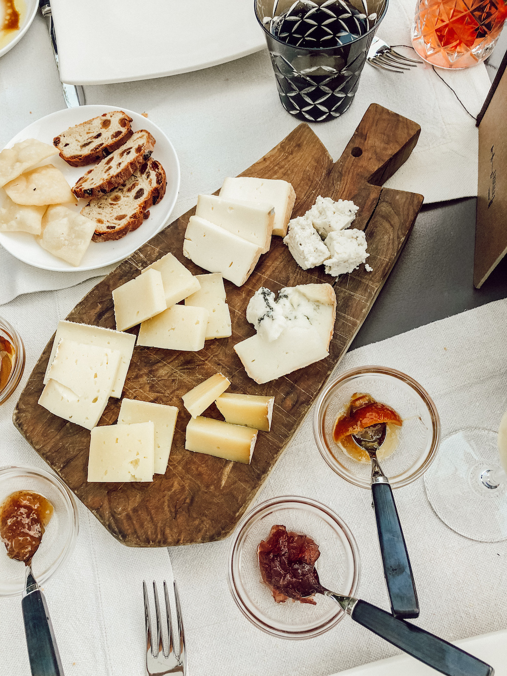 To finish off this blog post, - I'll leave you with this... the best cheese board I've ever had in my life. 7 different types of cheese, 3 marmalades, honey, and two types of bread. I'm not even kidding, I 100% shed a couple tears (I'm not even embarrassed).