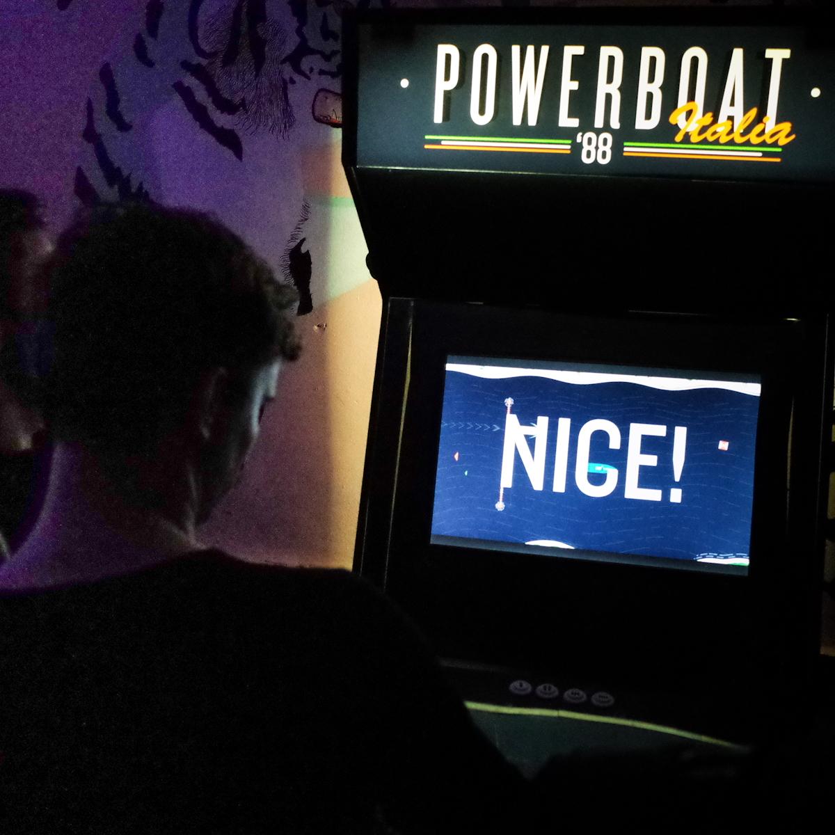 powerboat-8.jpg