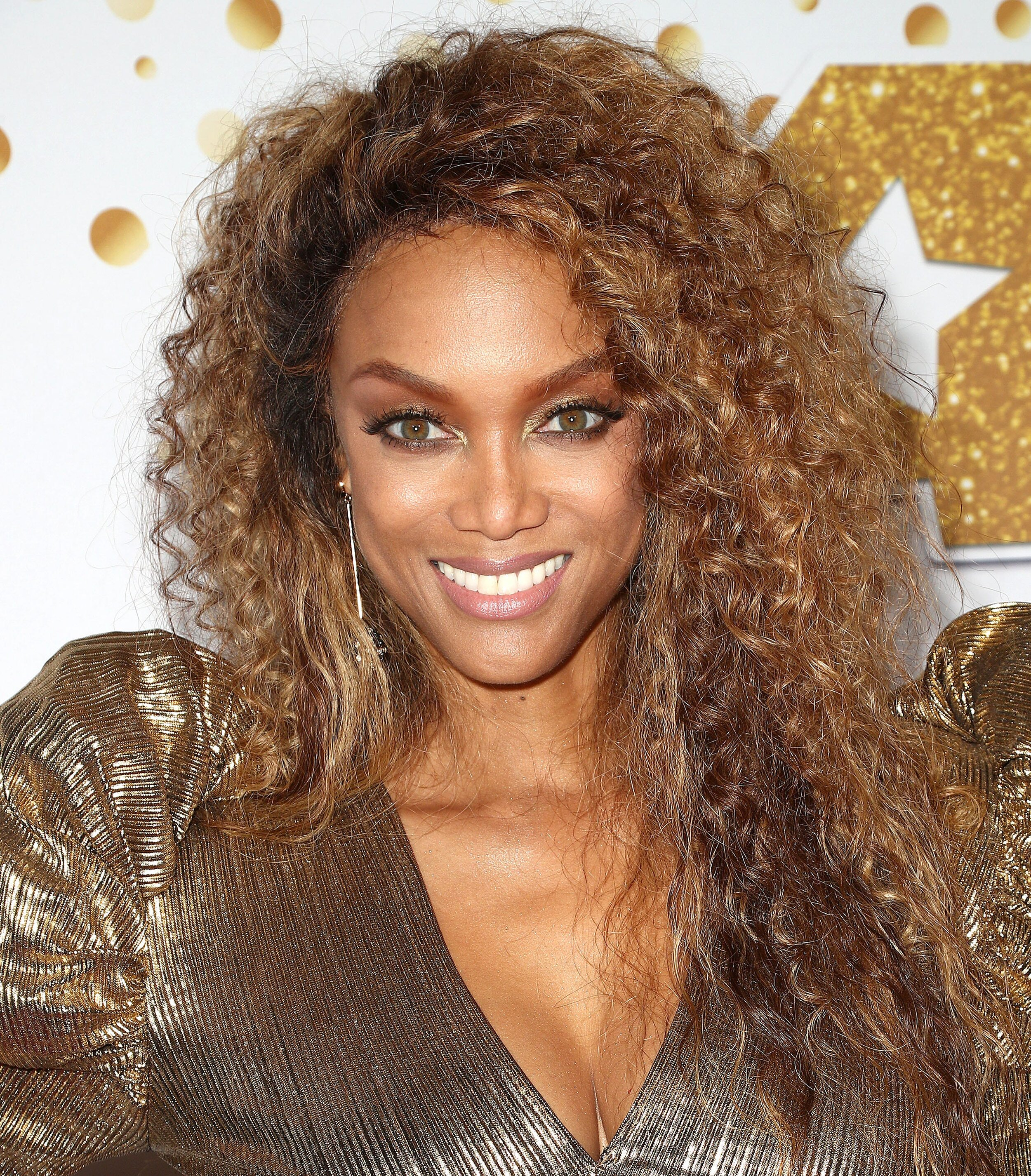 """""""You can have all the potential in the world, but unless you have confidence, you have nothing."""" -Tyra Banks - Image Source - USAtoday.com"""