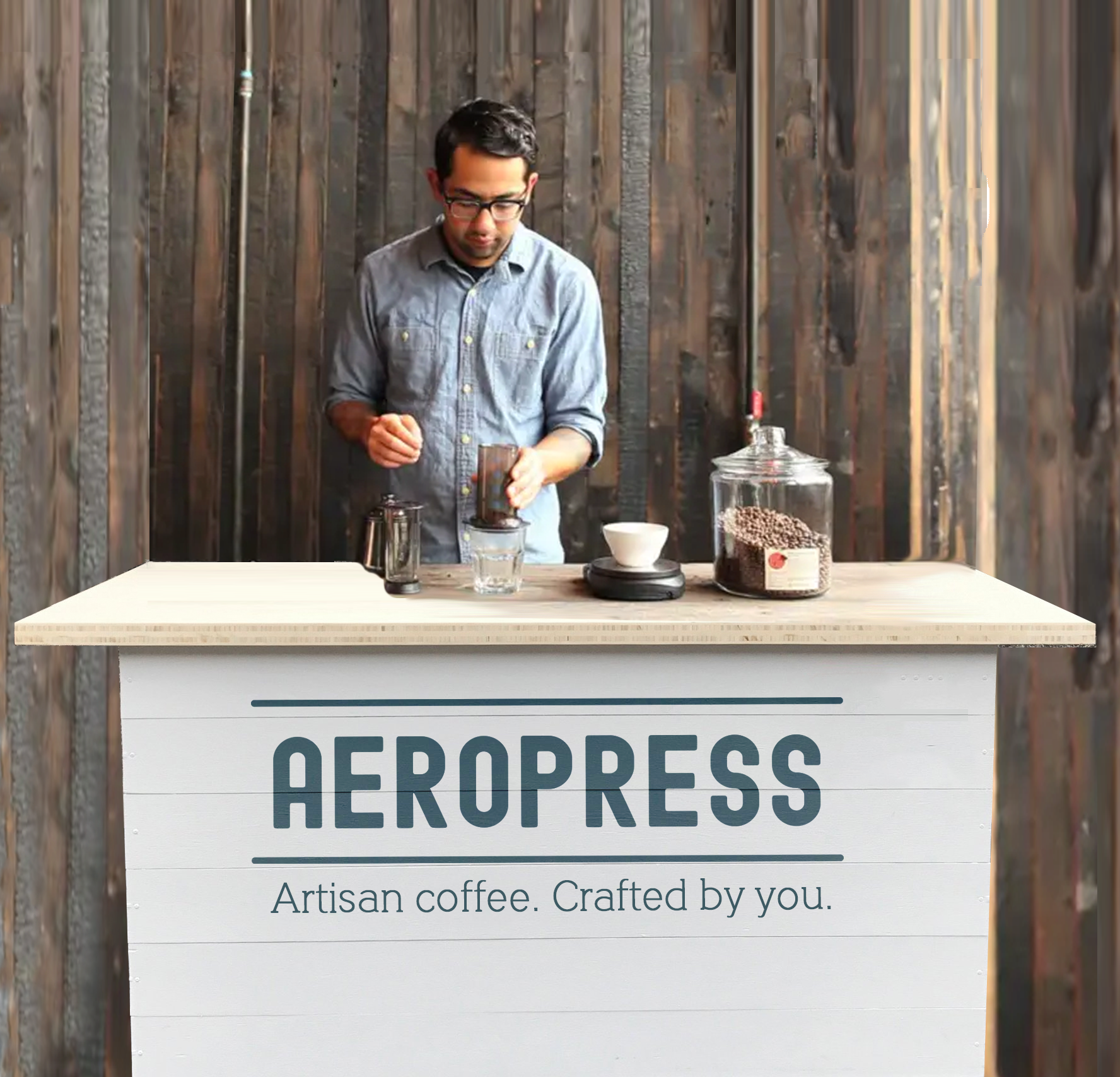 Pop-up barista counters to encourage the manual brewing curious to experiment. These would be stationed outside in locations where a pick-me-up is welcome, like shopping malls.