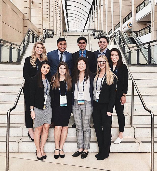 QUICK REMINDER: ASDAs National Leadership Conference application is closing tomorrow! You still have time to submit it 🤗 . . For ASDA members, this is a great opportunity to attend accredited CE courses, listen to nationally known keynote speakers, and receive tips on career planning and professional development - not to mention all the free food, toothpaste, and sponsored trip to Chicago!