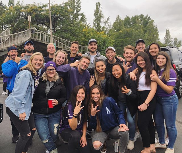 Another win for the Dawgs! Thank you to everyone who came to the UW vs. Hawaii Tailgate and a huge thank you to @lifeataspendental for hosting us! #gohuskies #purplereign