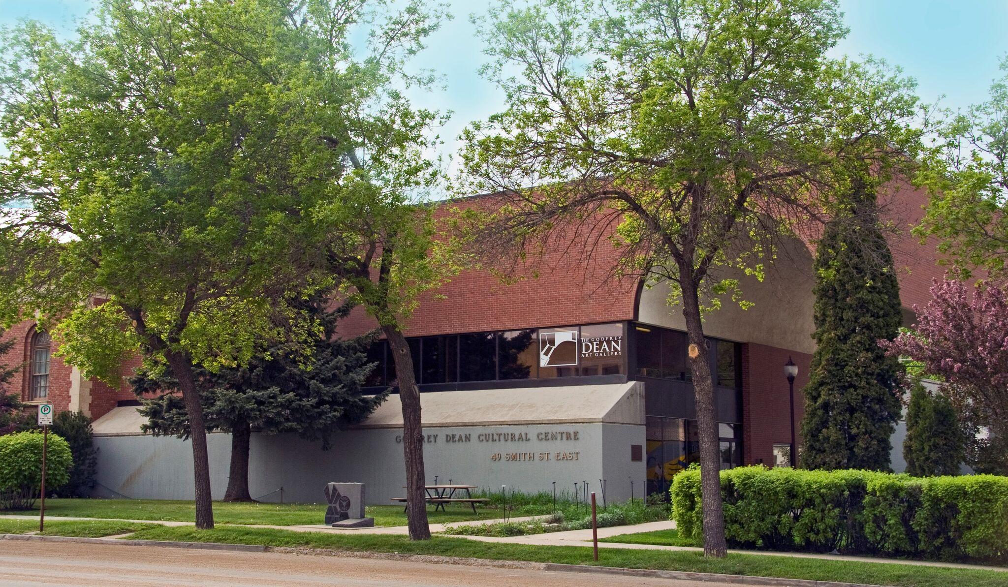 Godfrey Dean Art Gallery inside